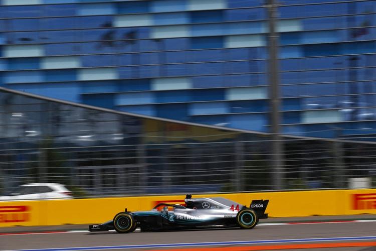 Lewis Hamilton - Mercedes AMG Petronas Motorsport - Russian GP