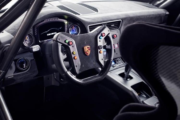 2019 Porsche 935 interior