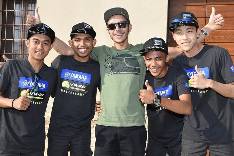 Rossi and students at VR46 Master Camp