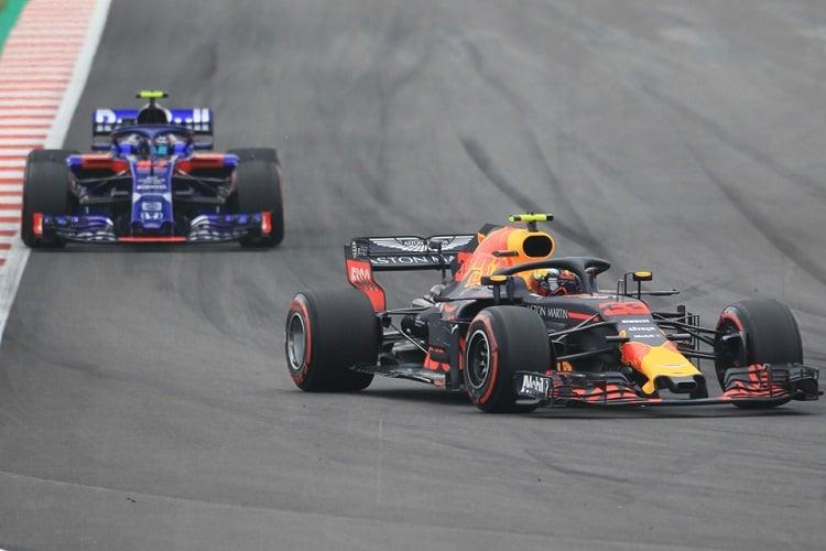 Max Verstappen & Pierre Gasly - Aston Martin Red Bull Racing & Red Bull Toro Rosso Honda - Circuit de Barcelona-Catalunya