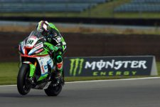 Leon Haslam seeks Championship Glory at Brands Hatch
