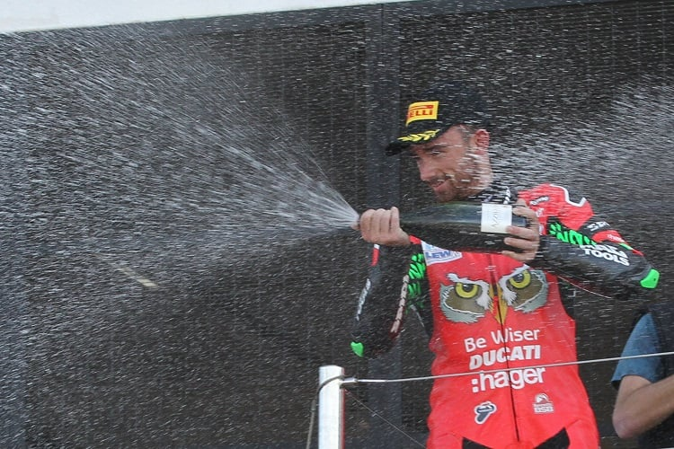 Irwin Wins At Brands As Haslam Clinches Bsb Title The Checkered Flag