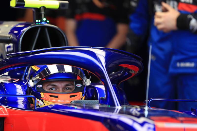 Formula 1 – Australian GP Practice 3. Scuderia Toro Rosso STR14 – Alexander Albon. Saturday 16th Melbourne, Australia.