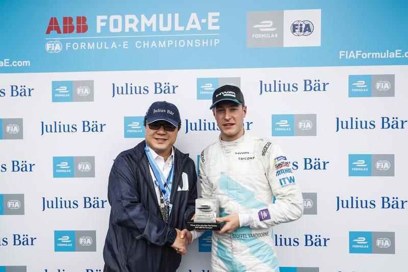 Stoffel Vandoorne - HWA RACELAB at the 2019 Hong Kong E-Prix.