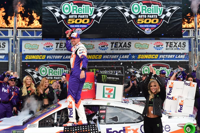 Denny Hamlin (USA), Joe Gibbs Racing, 2019 Monster Energy NASCAR Cup Series, Texas Motor Speedway