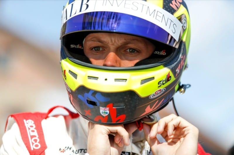 Nick Yelloly - Porsche