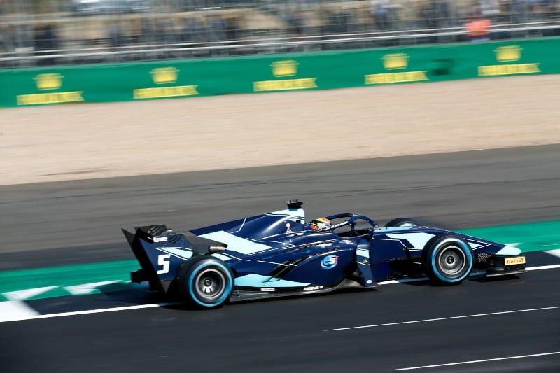 Albon - F2 - Silverstone