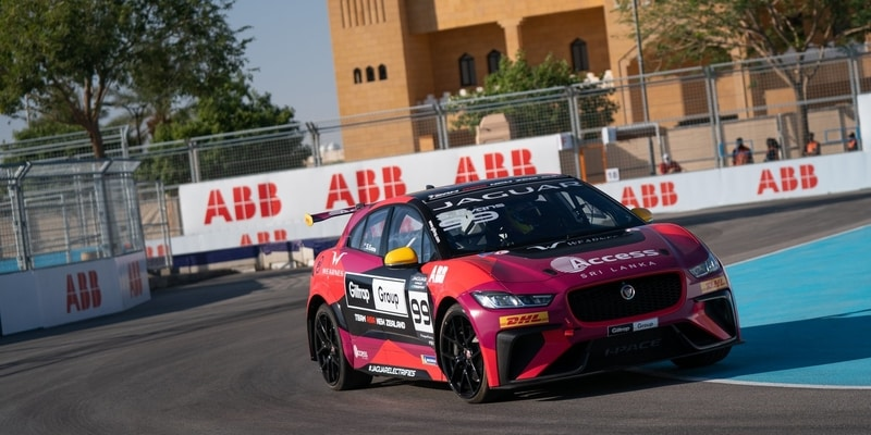 Simon Evans wins in Diriyah