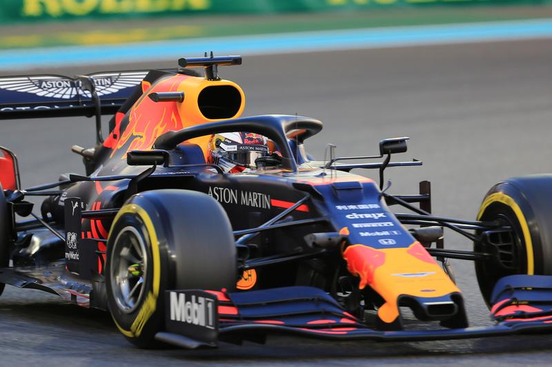 Max Verstappen - Aston Martin Red Bull Racing in the 2019 Formula 1 Abu Dhabi Grand Prix - Yas Marina Circuit - Free Practice 2
