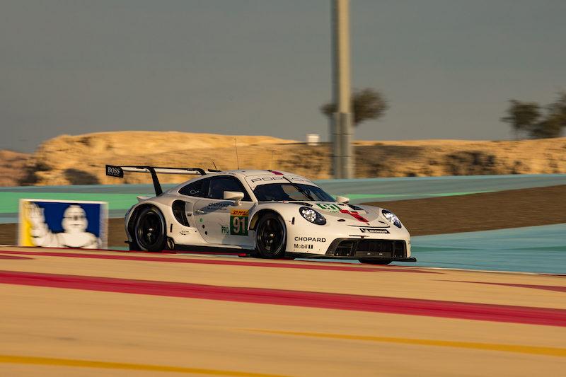 #92 Porsche GT Team LM GTE Pro on track at Bahrain, 2019