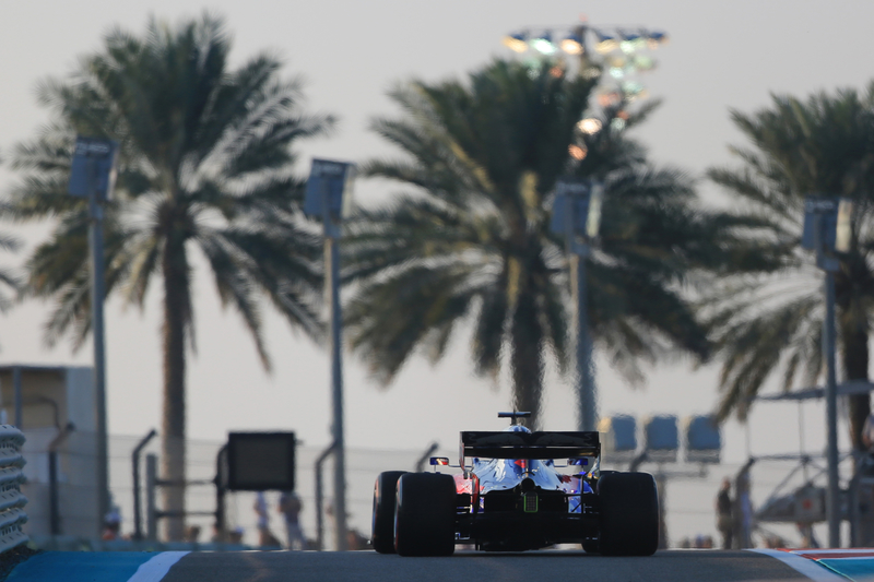 Daniil Kvyat - Red Bull Toro Rosso Honda in the 2019 Formula 1 Abu Dhabi Grand Prix - Yas Marina Circuit - Race