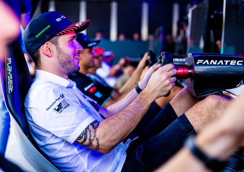 Daniel Abt sim racing - Santiago