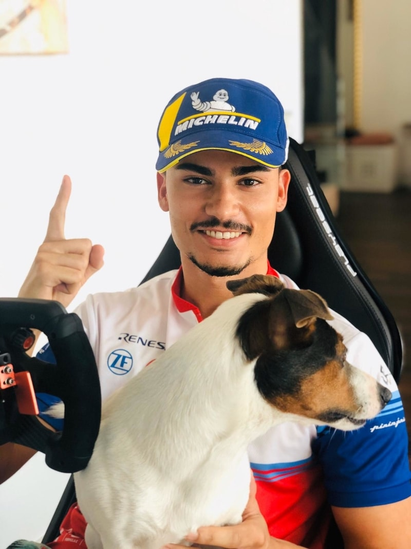Pascal Wehrlein wins Race At Home Challenge