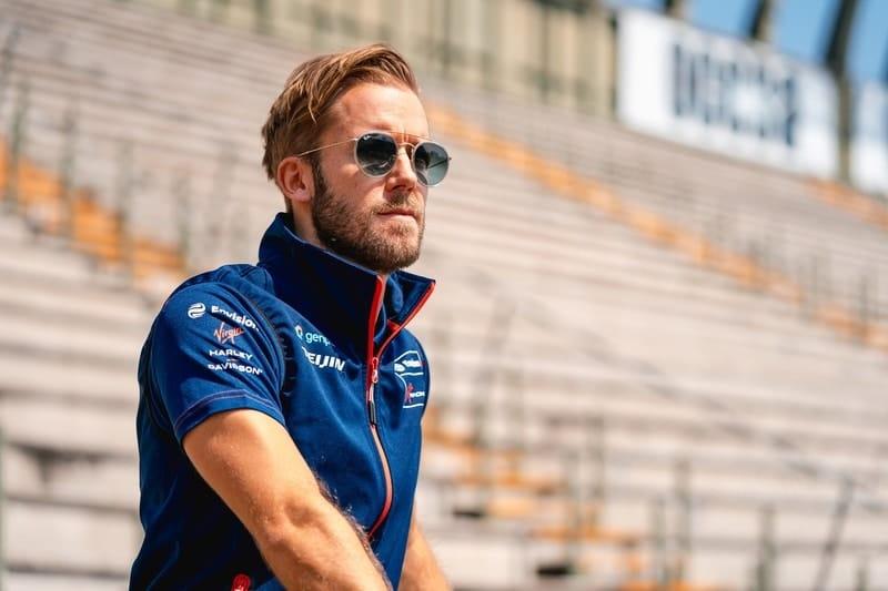 Sam Bird to drive for Panasonic Jaguar Racing in season seven