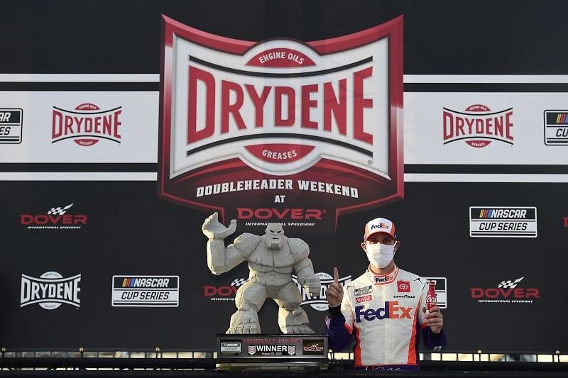 Harvick dominates at Dover — NASCAR roundup