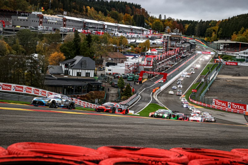 Total Spa 24 Hours: 8-Hour Update - The Checkered Flag