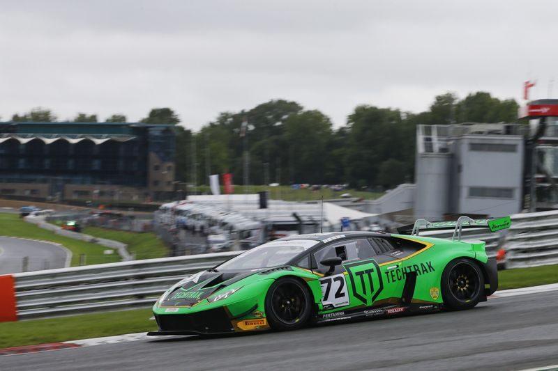 Phil Keen and Adam Balon's #72 Barwell Lamborghini Huracan GT3 Evo
