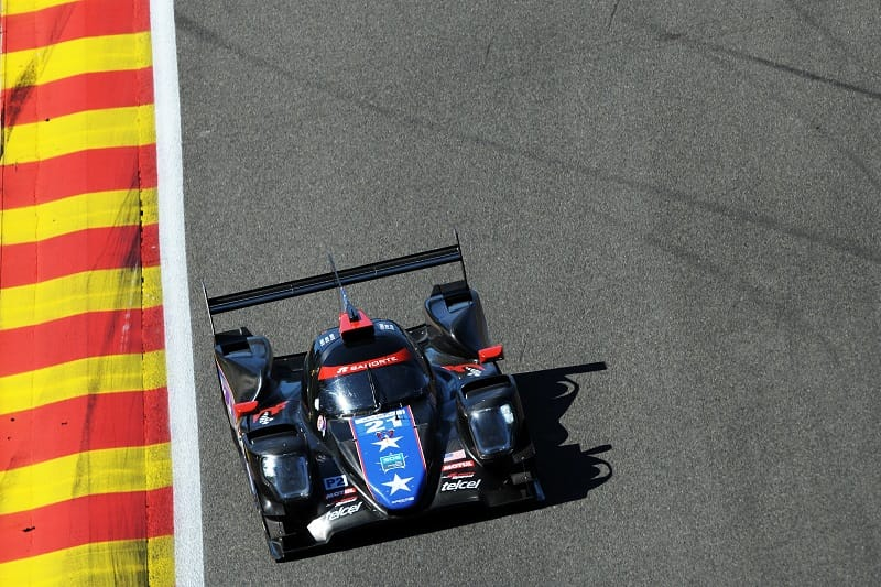 DragonSpped LMP2 car on track.
