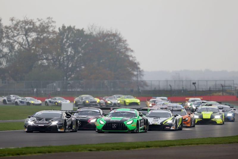 The British GT grid prepares to start the 2020 Silverstone 500.