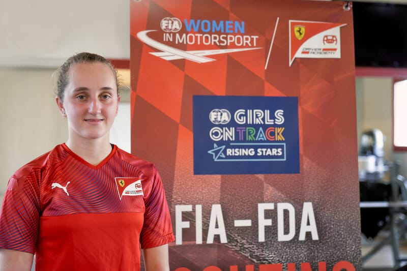 Ferrari appoints first female racer to Driver Academy