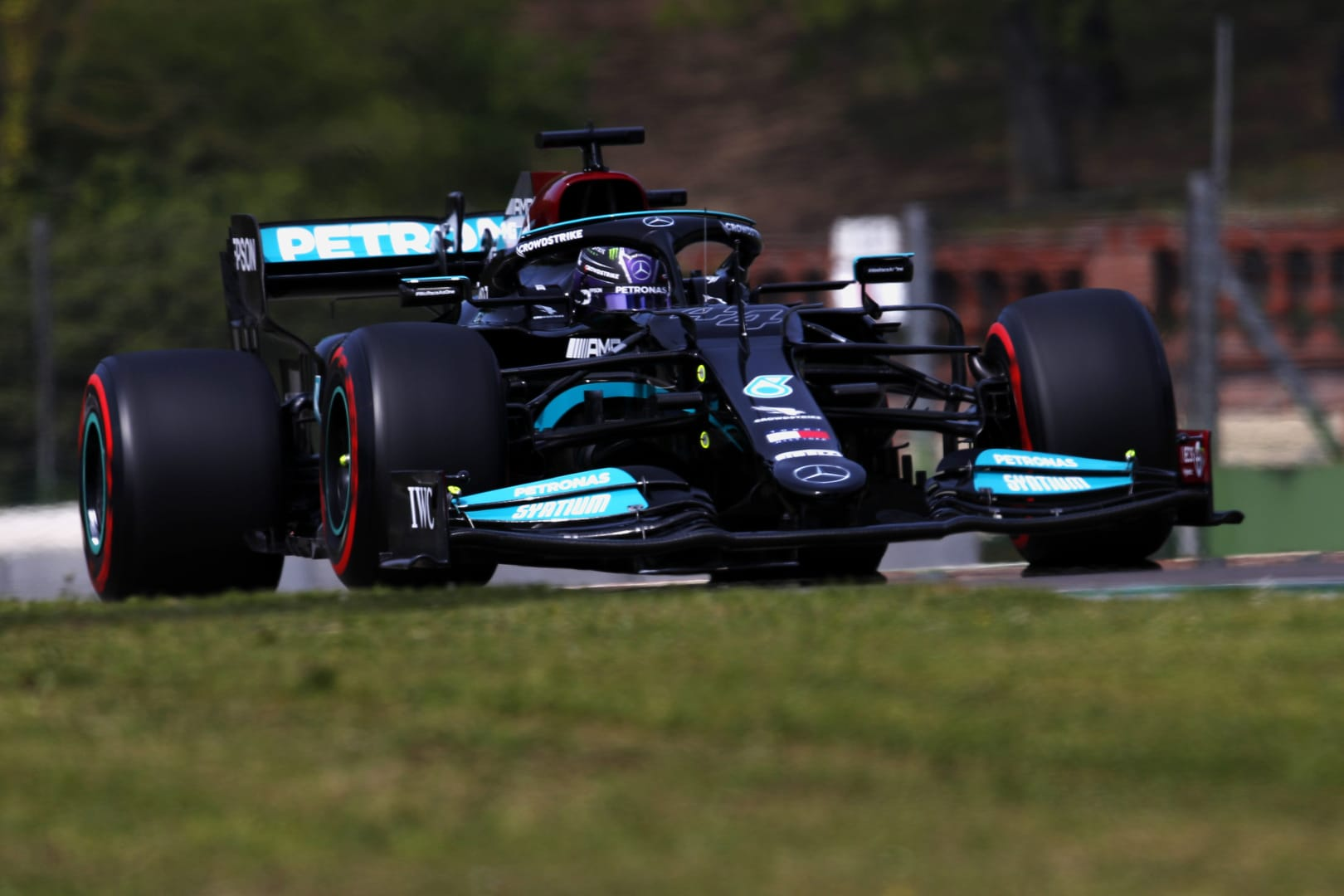Hamilton takes Ninety-ninth Career Pole Position with Red Bulls on the charge - The Checkered Flag