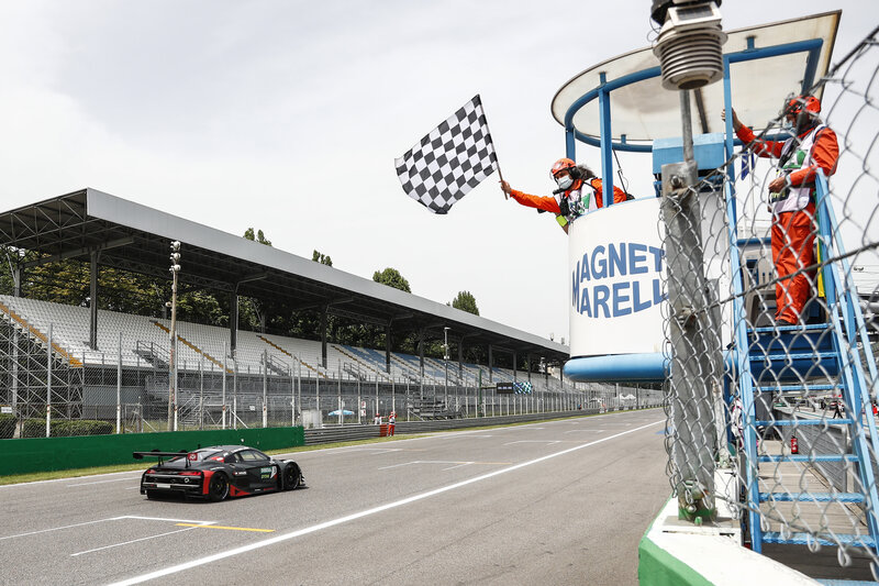 Kelvin van der Linde Celebrates 25th Birthday With His First DTM Win - The Checkered Flag