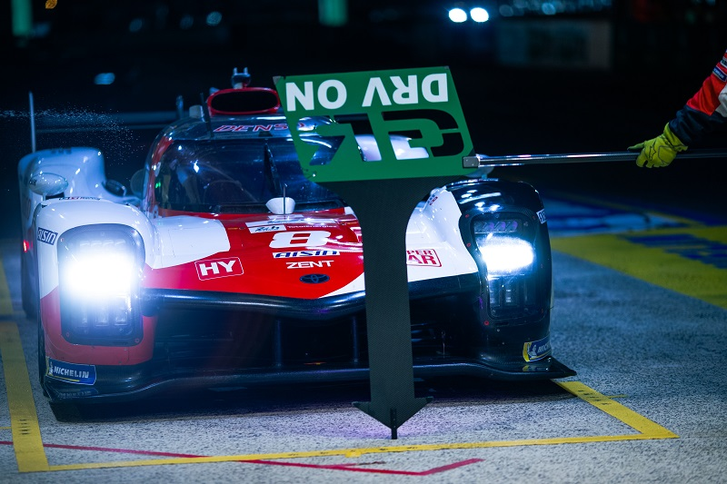 Whilst the #7 Toyota Gazoo Racing dominates, the sister car is suffering an unknown issue.