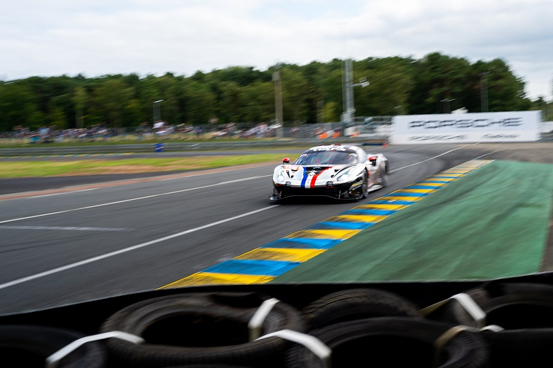 #83 AF Corse leads the GTE Am class after Hours 1 at the 2021 24 Hours of Le Mans